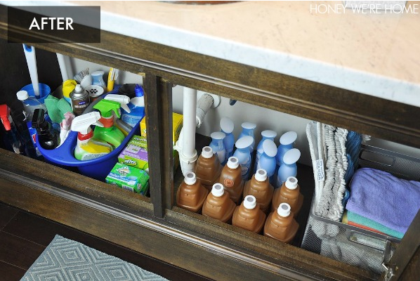 Tips to get you organized in the new year- including Organized Cleaning Supplies