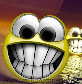 [Image: smile0304.jpg]