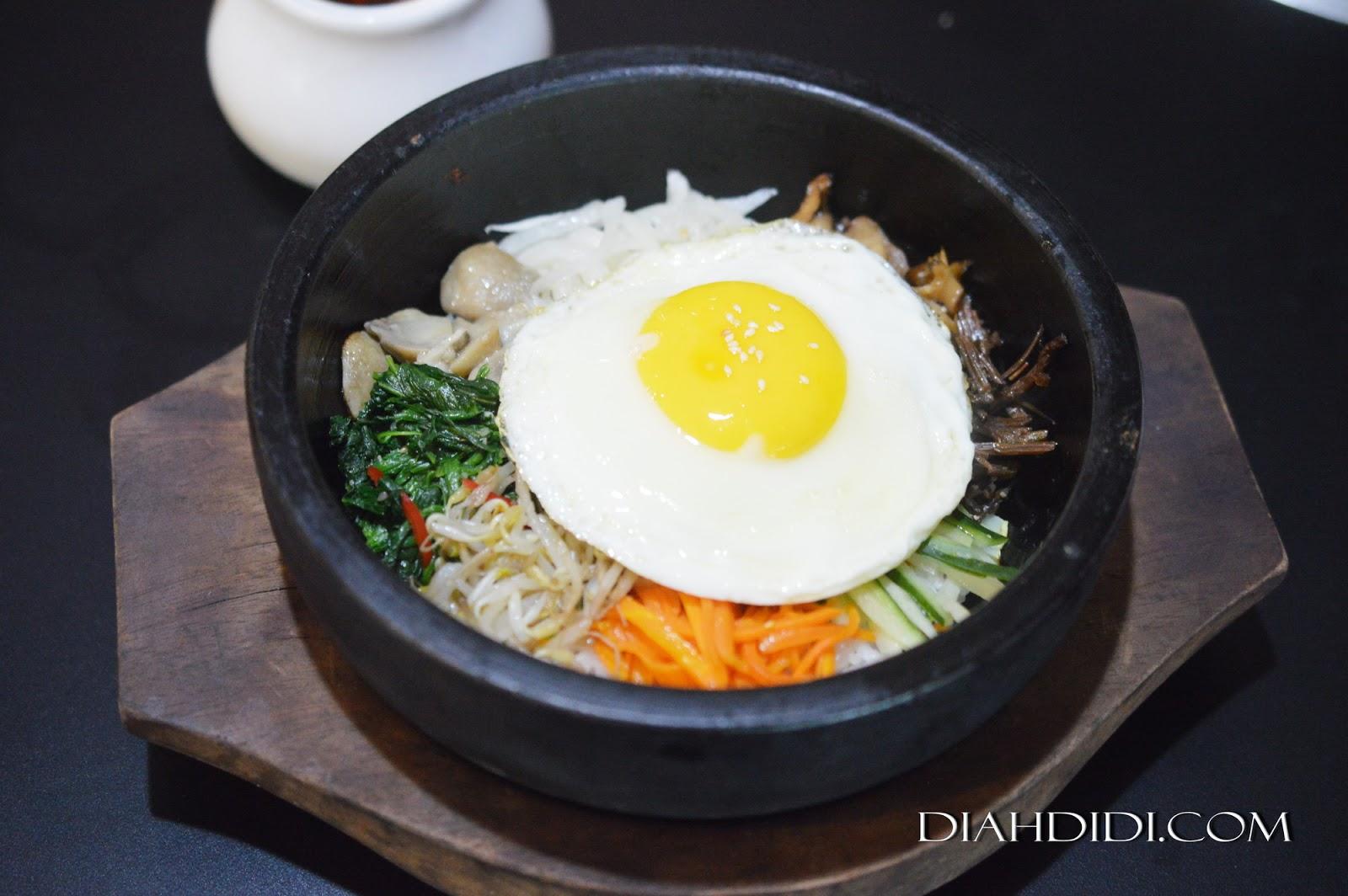 Menu masakan korea otentik di restoran seoul palace semarang