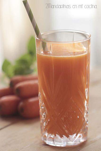 Zumo de naranja, zanahoria y manzana con Siquri Essenzia