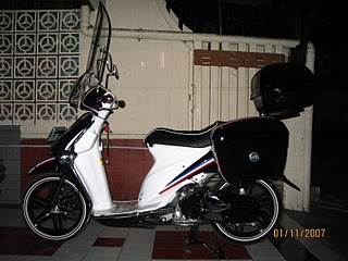 Suzuki Spin Modifikasi kelas Fashion.JPG