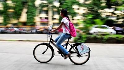 ثلاثي فتاك على الطرقات الهندية