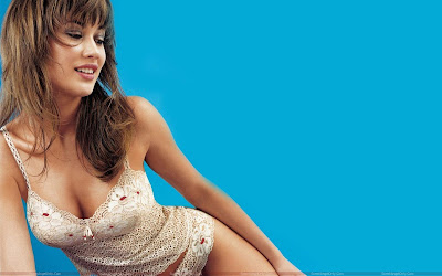 olga_kurylenko_beautiful_picture_fun_hungama_forsweetangels.blogspot.com