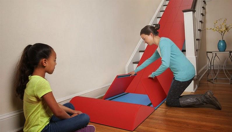להפוך את המדרגות למגלשה בטיחותית לילדים