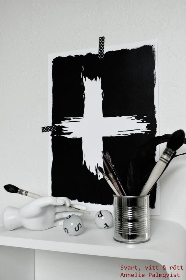 artprint kors, konsttryck, illustration, tavlor, svarta och vita, svartvitt, design canvas varberg, annelie, palmqvist, konsttryck by annelie, A3, A4, inspiration tavlor, penslar, konst, art, säljes, försäljning, webshop, svarta, vita, svartvit