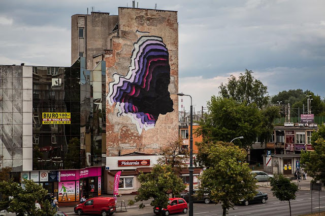 While we last heard from him in Gdynia a few days ago, 1010 has now landed in Warsaw, Poland where he was invited by Street Art Doping.