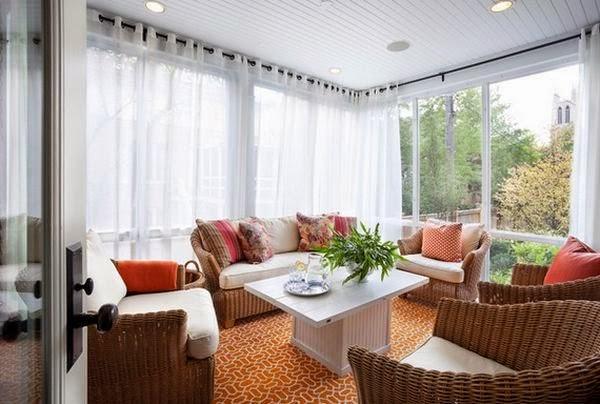 Màu trắng tinh khôi của rèm cửa cũng có khả năng mang thêm ánh sáng đến cho căn phòng.