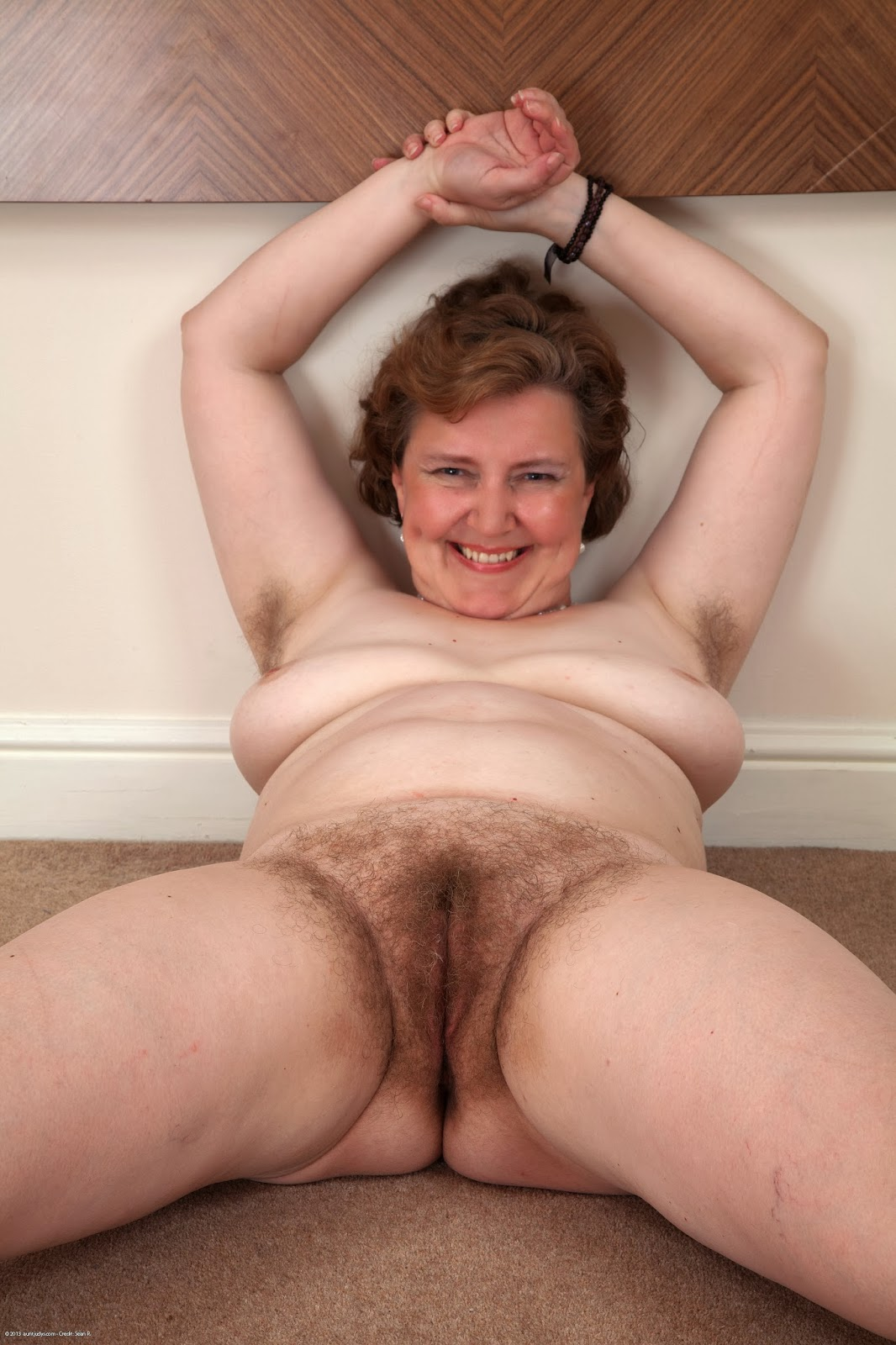 naked british mature women