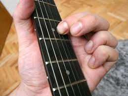 Learn Guitar Fast With These Very Simple Tips