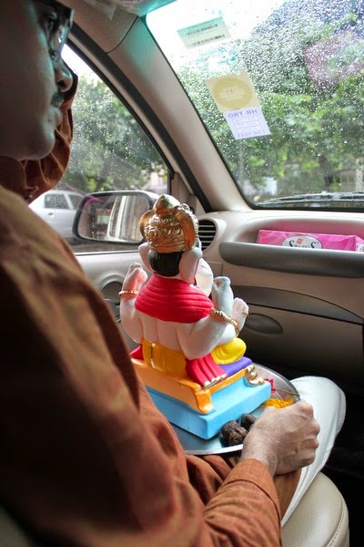 Ganesha idol Visarjan at Mumbai carried in a car