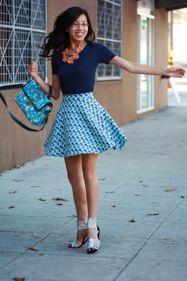 twirl circle skater skirt geometry pattern swirling