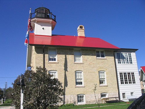 West michigan weekly featured lighthouse 19 old port for Port washington wi