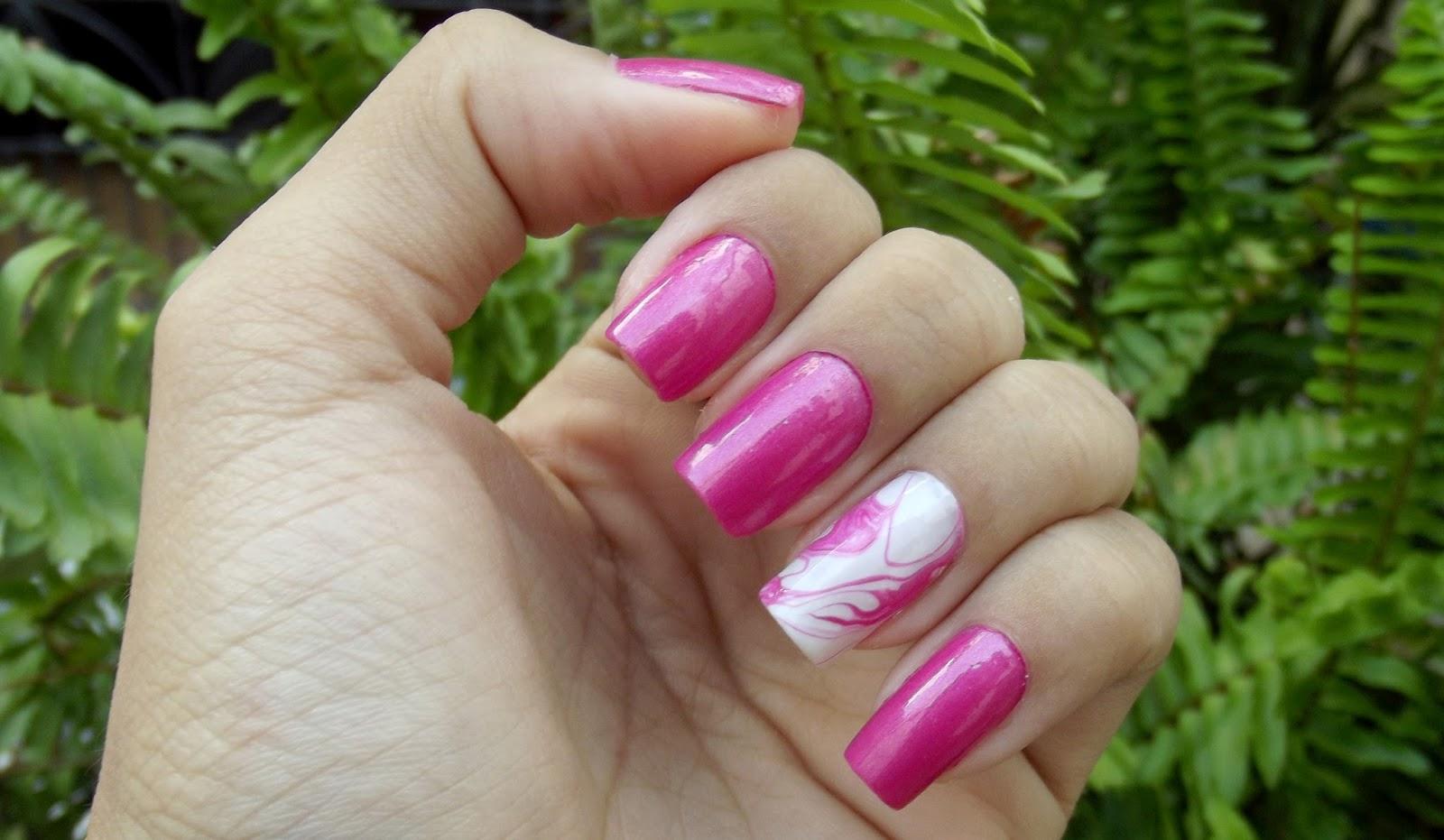outubro rosa, #OutubroRosa, esmalte rosa, esmalte musa avon, esmalte musa, esmalte rosa avon, esmalte avon, esmaltes avon, esmalte outubro rosa, filha unica, filha única, unhas marmorizadas rosa, unhas rosa,