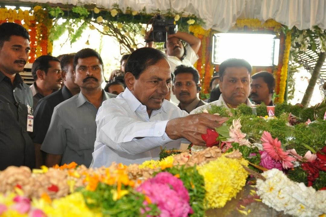Celebs Pay Homage to Rama Naidu-HQ-Photo-99