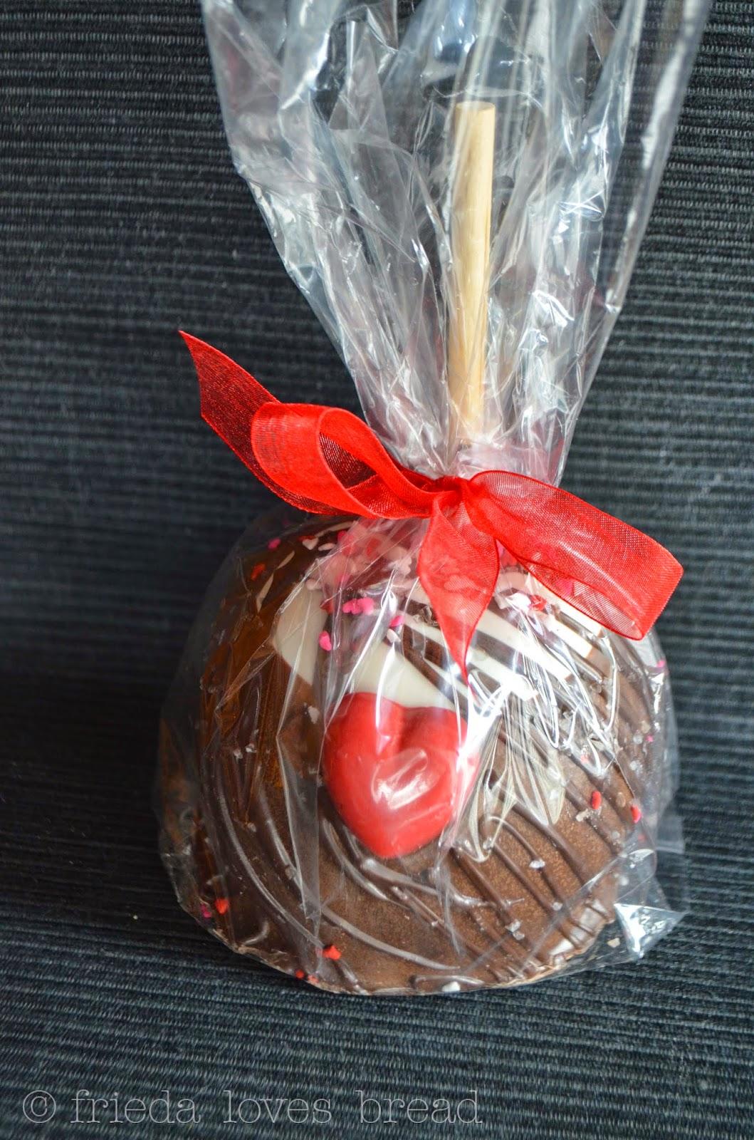 Frieda Loves Bread Big Bear Chocolates Caramel Apples