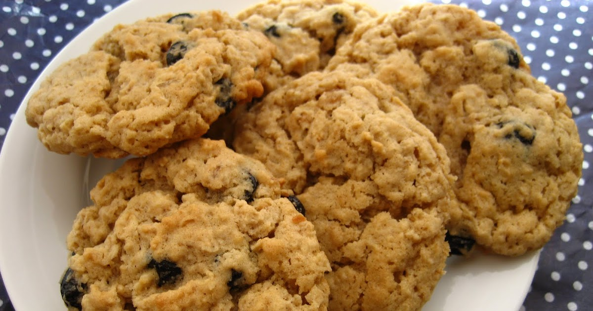 Home Cooking In Montana: Chewy Oatmeal Cookies with Dried ...