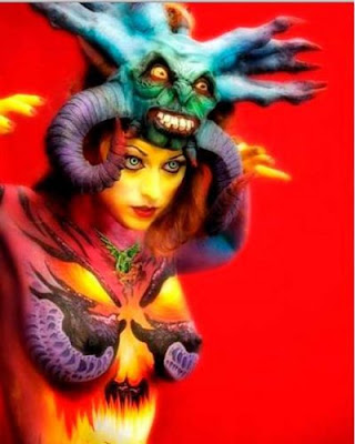 Extreme-Body-Painting-Airbrush-Devil-Design