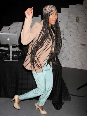 solange knowles box braids long