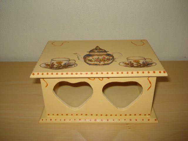 caixa chá decoupada R$20,00