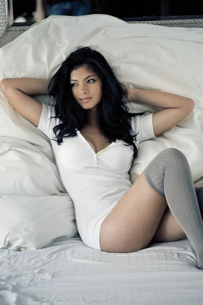 angel locsin rogue magazin pics 02