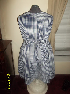 McCall's 3735 dress pattern gingham blue check back view
