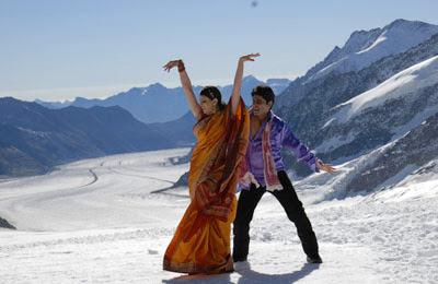 junio-una-comedi-muy-picante-al-estilo-Bollywood-en-los-Alpes-suizos-Amor-Tandoori-Mes-Suiza-Eurochannel