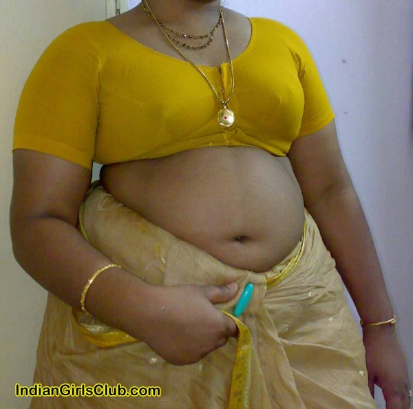 Hot South Aunties Removing Blue Blouse