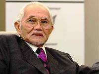 Ketua Menteri Sarawak Tan Sri Abdul Taib Mahmud.