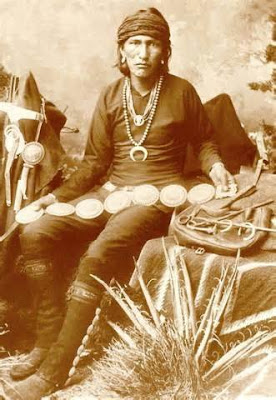 atsidi sani, the first Navajo Silversmith