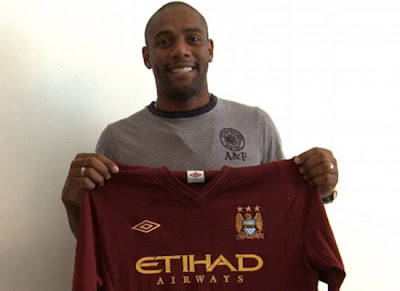 Maicon joins Manchester City 2012
