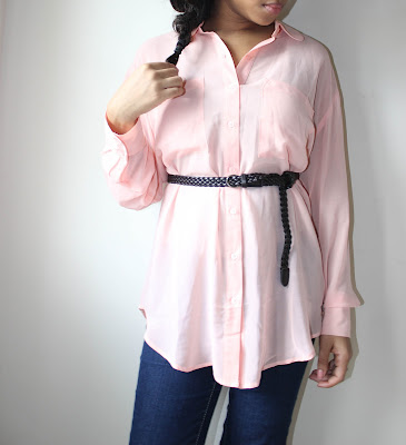 how to wear, oversized, pink shirt, belted, cinch waist