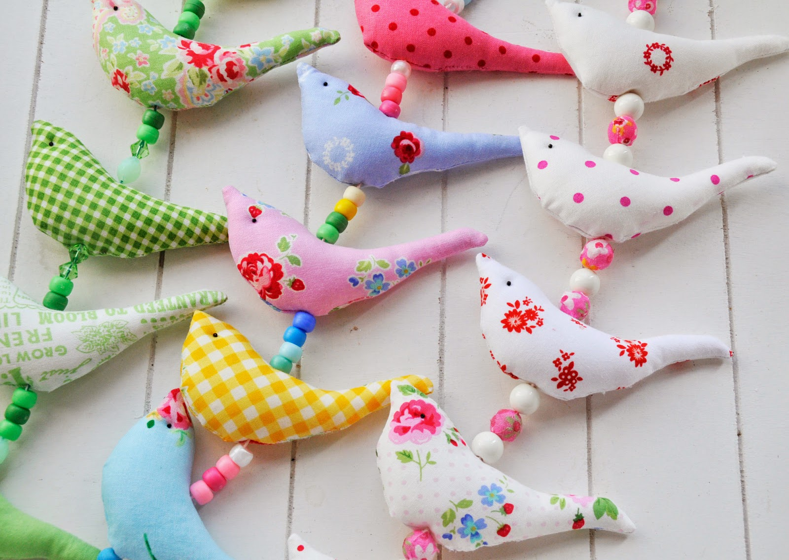 Spring Crafting and a Giveaway до 11 апреля