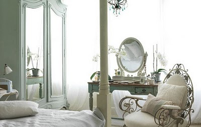 beautiful room - traditional style feminine green and white shabby chic romantic bedroom