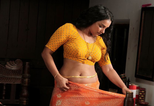 New photos sexy actress Swetha menon