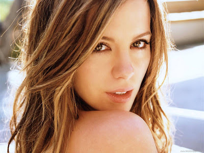 Kate Beckinsale Wallpaper-01-1600x1200