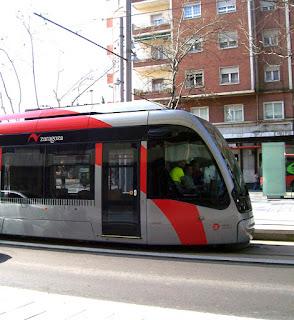 Tranvía y las líneas de autobús en los barrios del sur