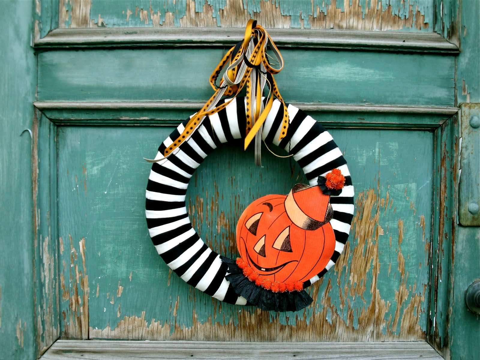 Vintage Black and White Halloween Wreath
