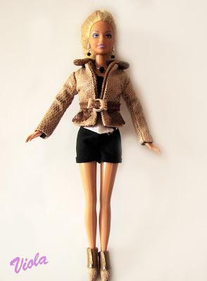 Skórzana kurteczka dla lalki barbie