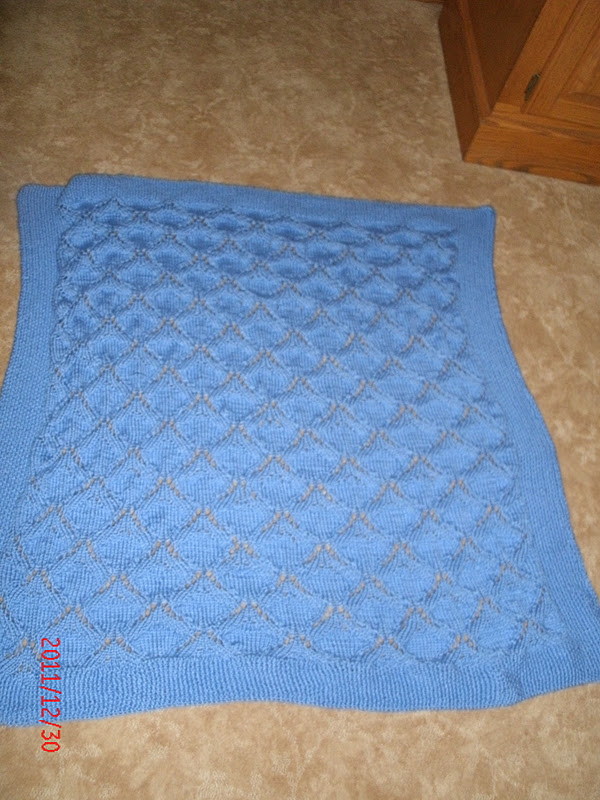 Knitting Quilt Magazine : The magic of quilting little boy blue baby afghan