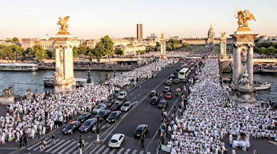 http://paris.dinerenblanc.info/media
