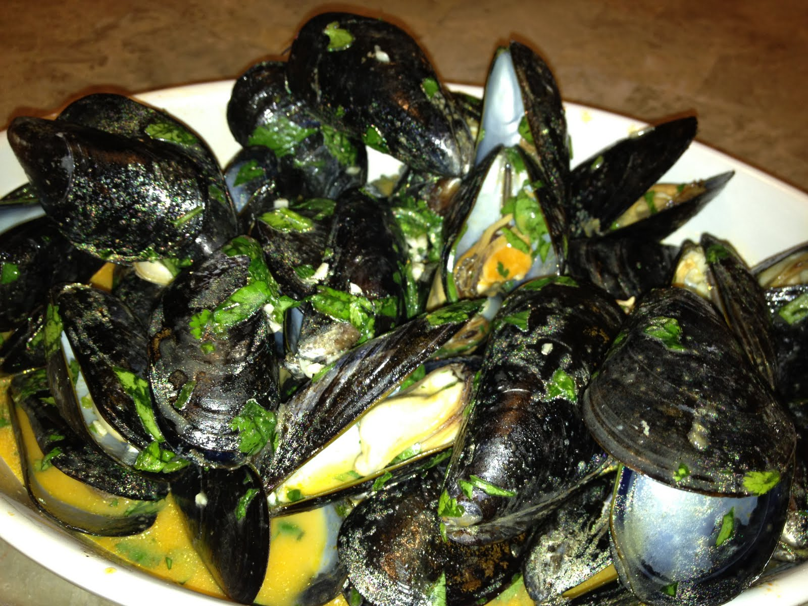 sMiles from Callie: Thai Steamed Mussels Recipe