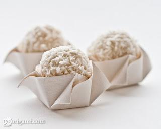 Forminha doces de festa Rosa de Origami