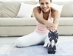 """<img src=""""rutina-ejercicio.jpg"""" alt=""""una buena rutina de ejercicio incluye el calentamiento, la fase central y recuperación"""">"""
