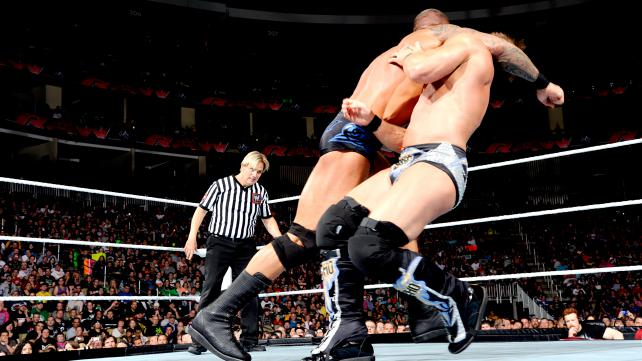 WEL NIGHT OF CHAMPIONS 2014  Clothesline+de+Randy+ORTON