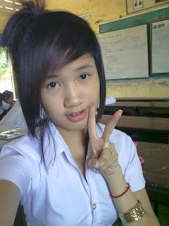 Youko Saki Lin Facebook Cute Girl Student Uniform Photo 1