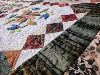 The Bunny Quilt, sashing/inner border detail