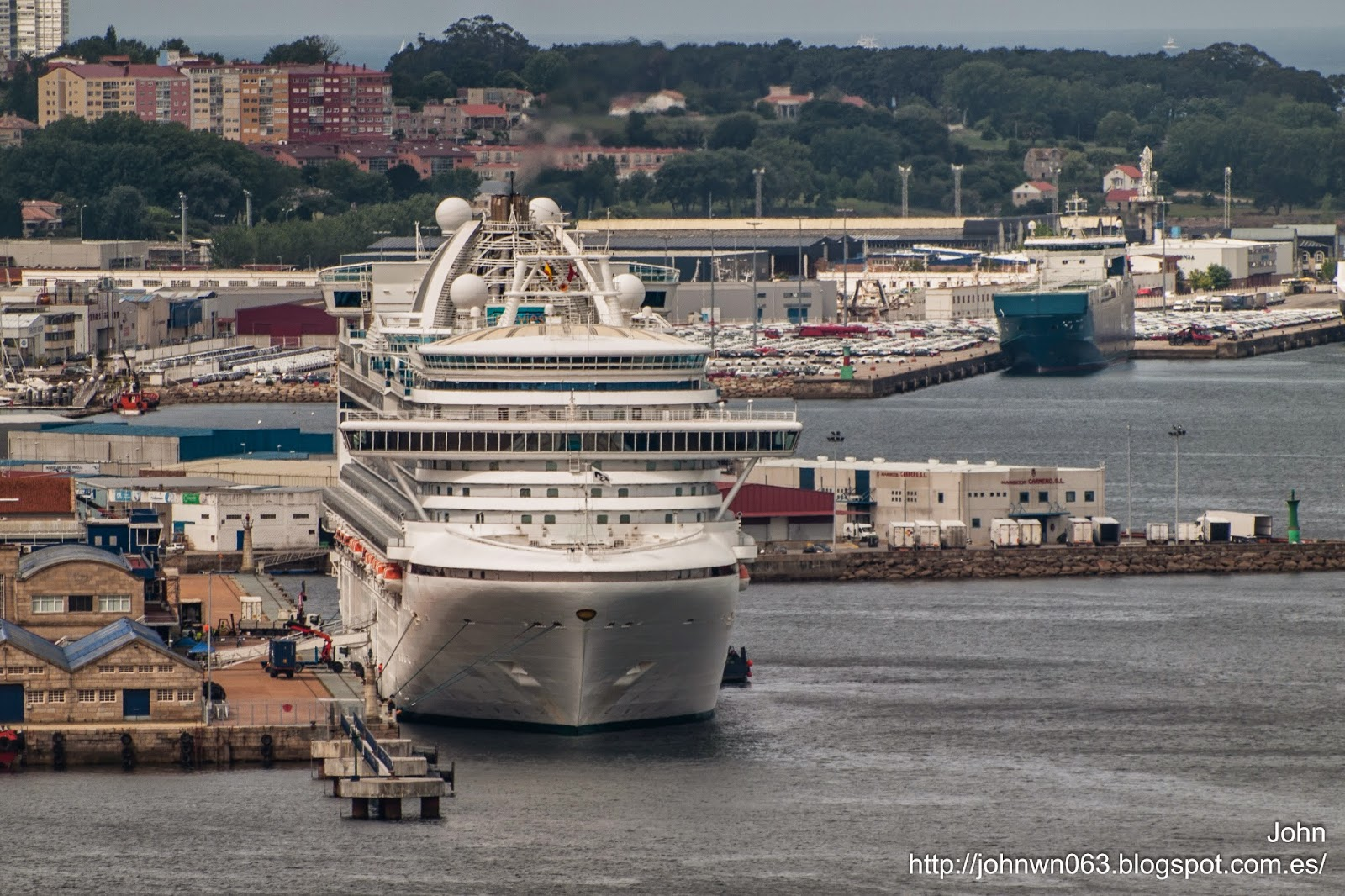 emerald princess, princess cruises lines, fotos de barcos, imagenes de barcos, passengers ship, vigo, cruceros
