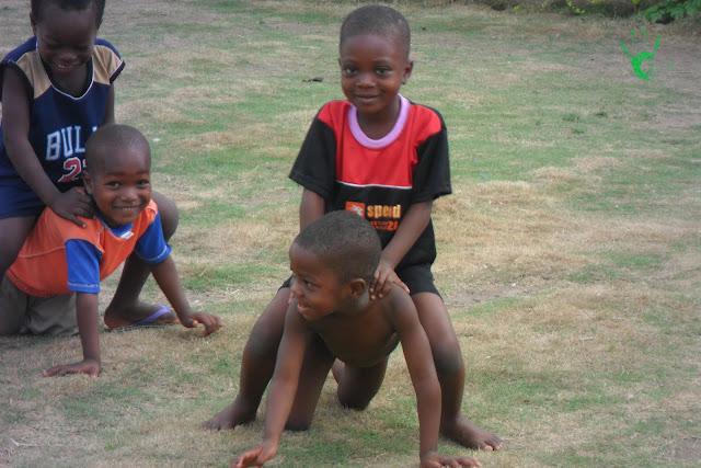Foto dei bambini della missione africana