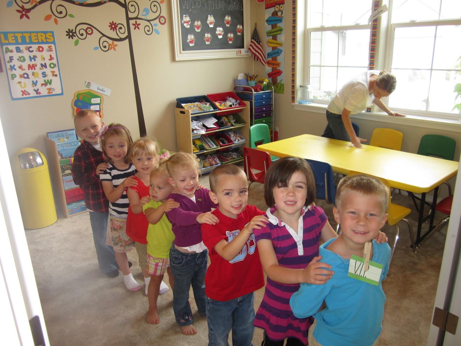 Lindsayu0027s Little Owls Preschool  Line Leader