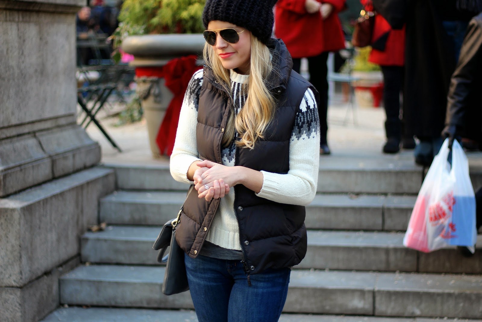 t park nyc, holiday shopping, christmas tree, puffer vest, fair isle sweater, over the knee boots